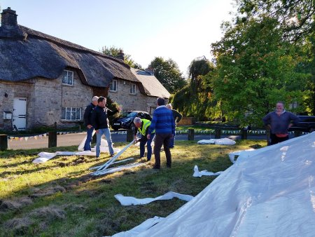 erecting marquee2