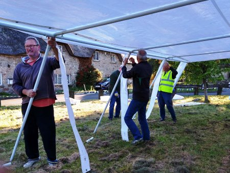 erecting marquee3
