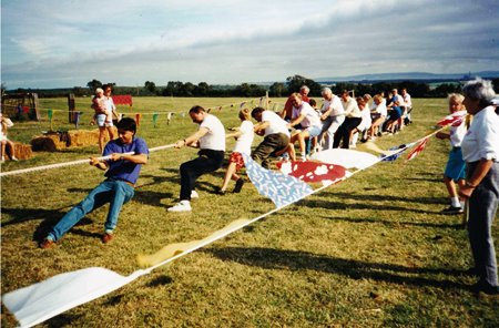 St Hilary tug o War3